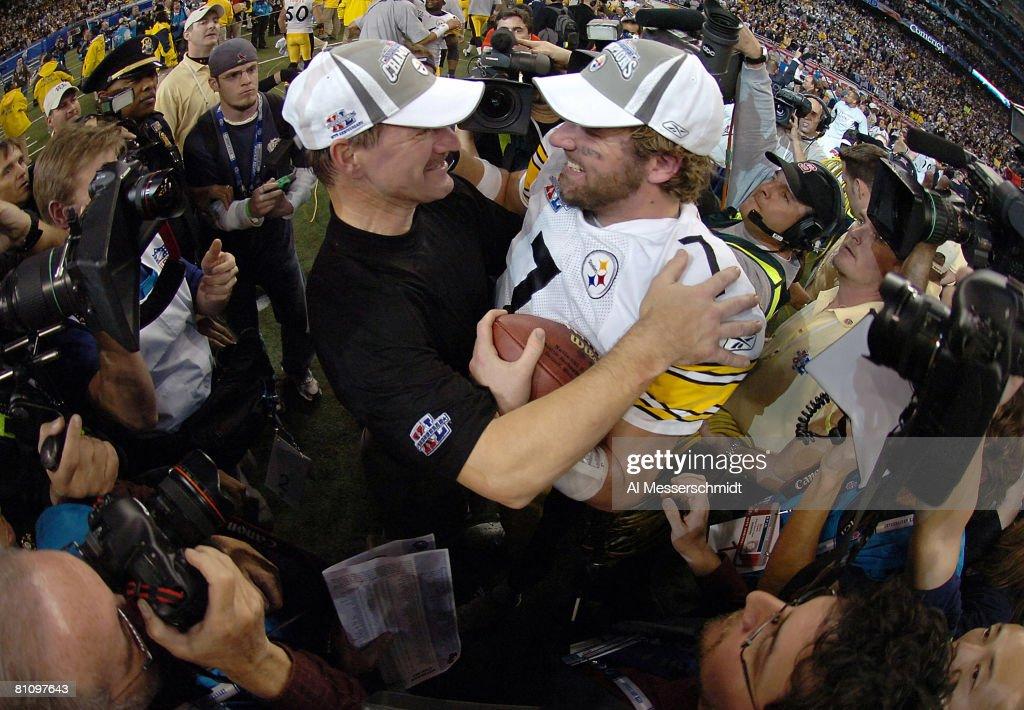 Super Bowl XL - Pittsburgh Steelers vs Seattle Seahawks : News Photo