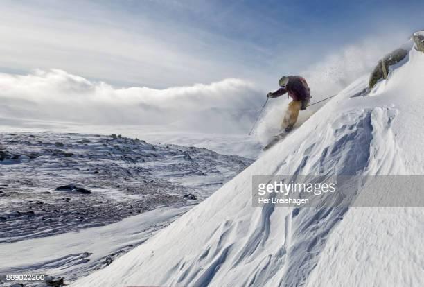 Steep skiing at Hallingskarvet_Norway