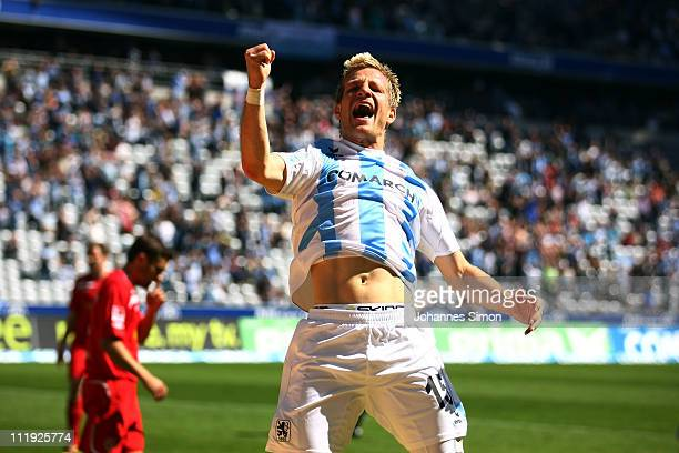 Stefan Aigner of Muenchen celebrates after scoring his team's third goal during the Second Bundesliga match between TSV 1860 Muenchen and FC Energie...