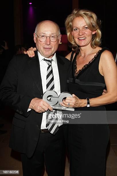 """Stefan Aust Und Ehefrau Katrin Hinrichs- Aust Bei Der Verleihung Des """"Gq Men Of The Year"""" Im Haus Der Kunst In München ."""