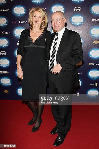 Stefan Aust Und Ehefrau Katrin HinrichsAust Bei Der Verleihung Des Gq Men Of The Year Im Haus Der Kunst In München