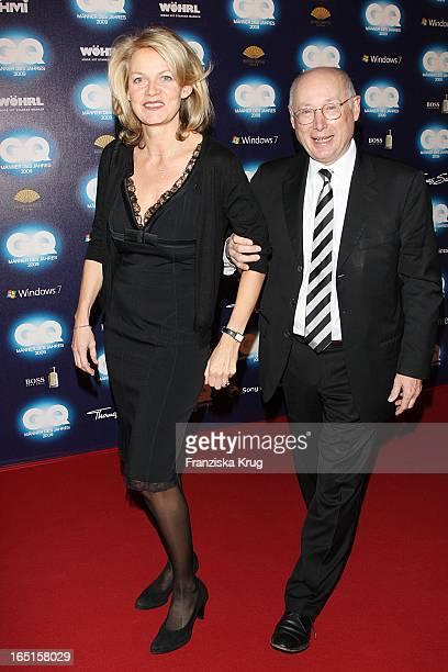 """Stefan Aust Und Ehefrau Katrin Hinrichs-Aust Bei Der Verleihung Des """"Gq Men Of The Year"""" Im Haus Der Kunst In München ."""