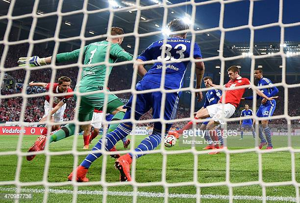 Stefan Bell of Mainz scores his team's opening goal during the Bundesliga match between 1 FSV Mainz 05 nd FC Schalke 04 at Coface Arena on April 24...