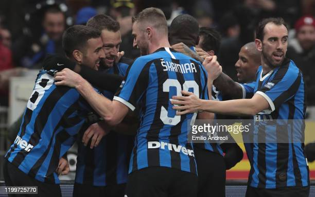 Stefan De Vrij of FC Internazionale celebrates his goal with his team-mates during the Serie A match between FC Internazionale and AC Milan at Stadio...