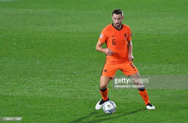 Stefan De Vrij of Netherlands in action during the UEFA Nations League group stage match between Italy and Netherlands at Stadio Atleti Azzurri...