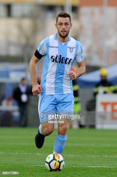 Stefan De Vrij of SS Lazio in action during the serie A match between Cagliari Calcio and SS Lazio at Stadio Sant'Elia on March 11 2018 in Cagliari...