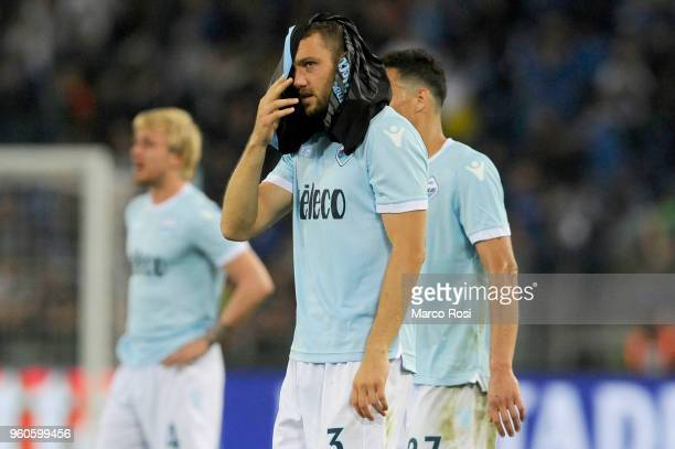 Stefan De Vrij of SS Lazio looks dejected at the end of match the serie A match between SS Lazio and FC Internazionale at Stadio Olimpico on May 20...