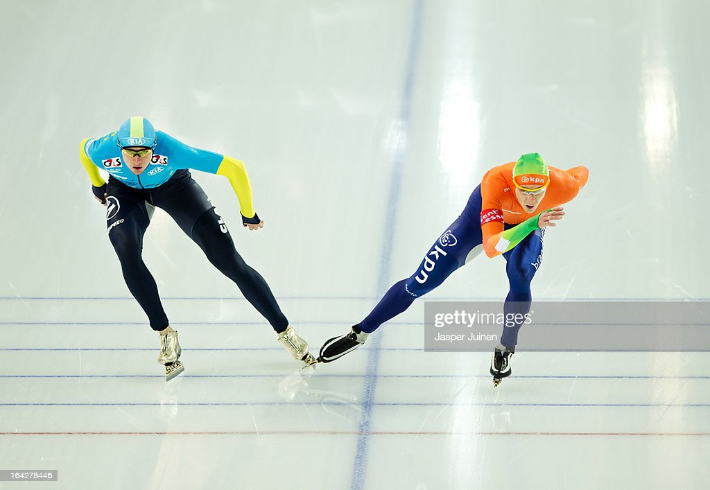 Stefan Groothuis (R) of the Netherlands competes against Denis Kuzin of Kazachstan during the 1000m race on day two of the Essent ISU World Single Distances Speed Skating Championships at the Adler Arena Skating Center on March 22, 2013 in Sochi, Russia.