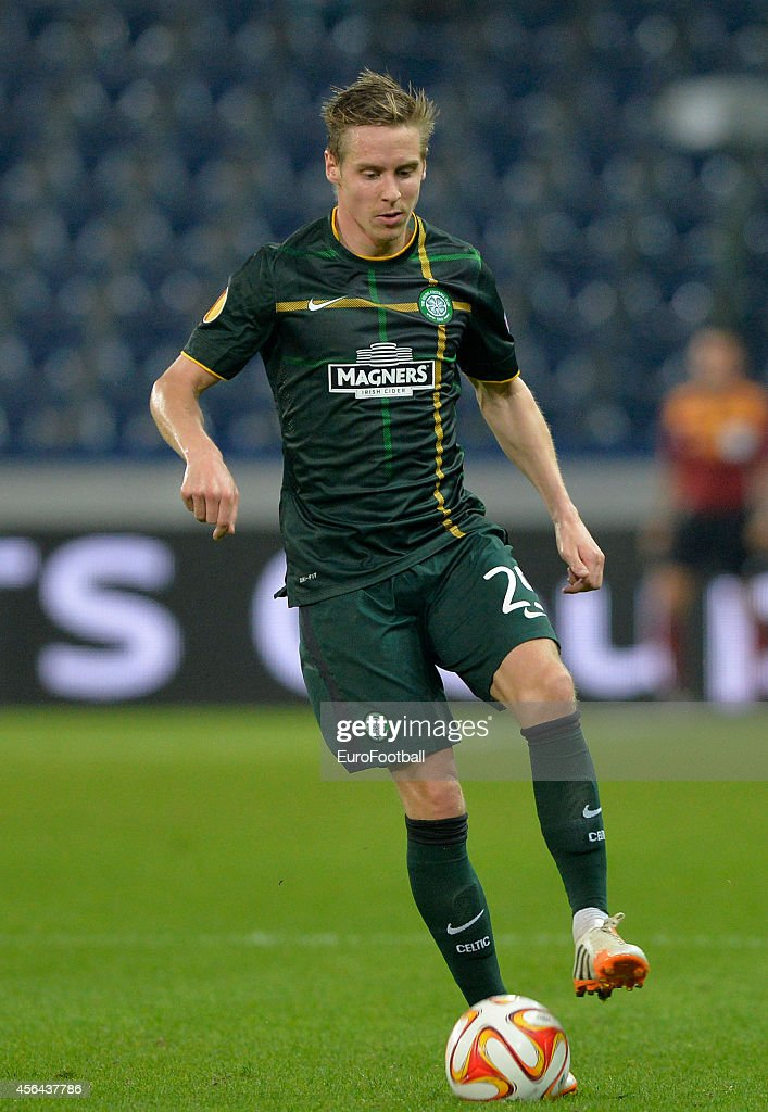 Stefan Johansen of Celtic in action during the UEFA Europa League Group D match between FC Salzburg and Celtic FC on September 18, 2014 in Salzburg,Austria.