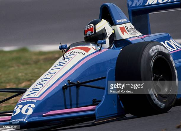 Stefan Johansson of Sweden drives the Moneytron Onyx Onyx ORE-1 Ford Cosworth DFR V8 during the Mexican Grand Prix on 28 May 1989 at the Autodromo...