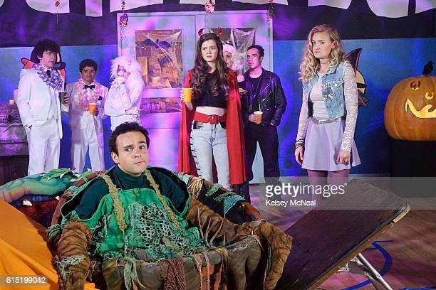 THE GOLDBERGS Stefan King Adam's love of Stephen King inspires him to try his hand at horror writing After learning the monster in Adam's story is...