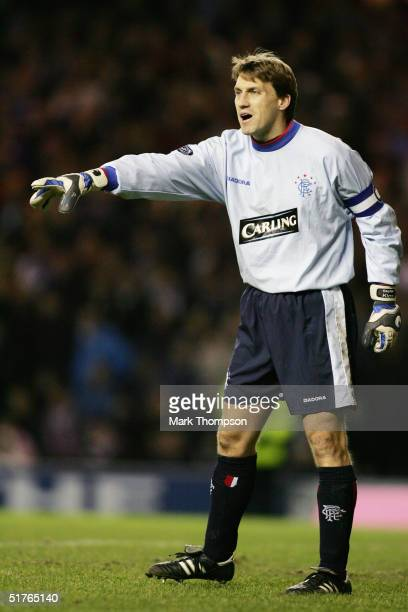 Stefan Klos of Rangers organises his defence during the CIS Insurance Cup fourth round between Celtic and Rangers at Ibrox on November 10, 2004 in...