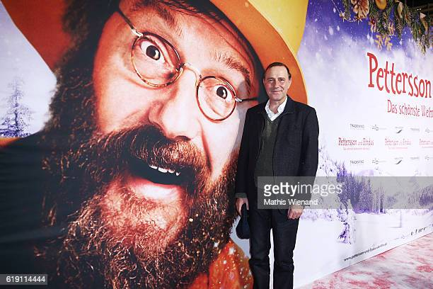 Stefan Kurt attends the 'Pettersson und Findus Das schoenste Weihnachten ueberhaupt' World Premiere on October 29 2016 in Cologne Germany
