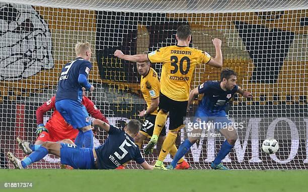Stefan Kutschke of Dresden scores the fourth goal during the Second Bundesliga match between SG Dynamo Dresden and Eintracht Braunschweig at...