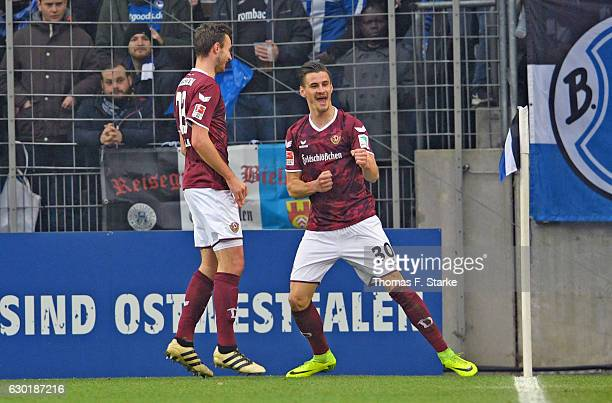 Stefan Kutschke of Dresdner celebrates his first goal during the Second Bundesliga match between DSC Arminia Bielefeld and SG Dynamo Dresden at...