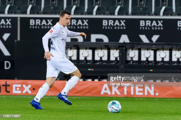 Stefan Lainer of Borussia Moenchengladbach controls the ball during the Bundesliga match between Borussia Moenchengladbach and Borussia Dortmund at...