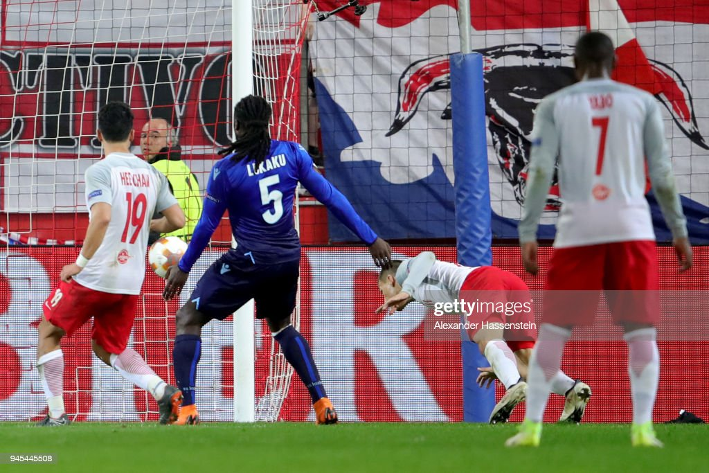 Stefan Lainer (2nd R) of Salzburg scores the 4th team goal during the UEFA Europa League quarter final leg two match between RB Salzburg and Lazio Roma at Stadion Salzuburg on April 12, 2018 in Salzburg, Austria.