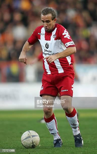 Stefan Lexa of Kaiserlautern in action during the Second Bundesliga match between Eintracht Braunschweig and 1FC Kaiserslautern at the stadium an der...