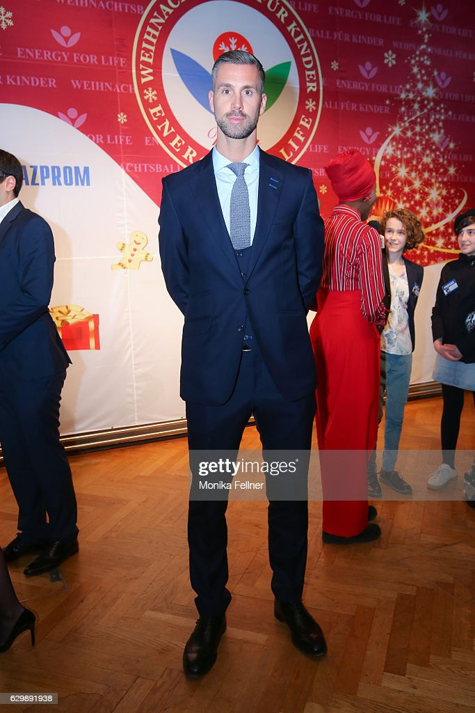 Energy For Life Christmas Ball For Children In Vienna