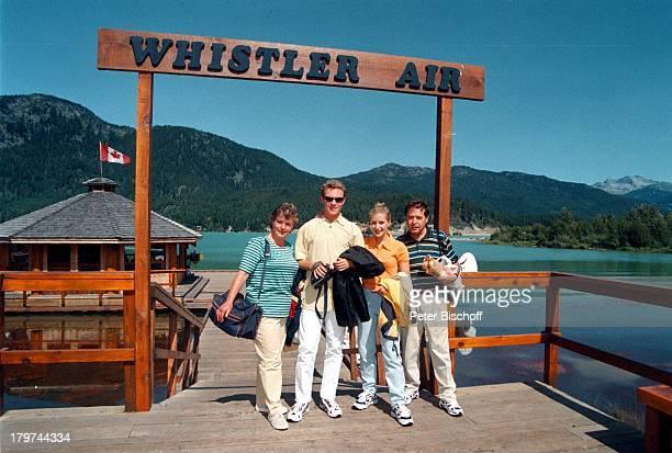Stefan Mross Stefanie Hertel mit ihrenEltern Elisabeth und Eberhard Hertel Familie Mutter VaterWhistler/Kanada Urlaub FlugAusflug mitder Whistler Air