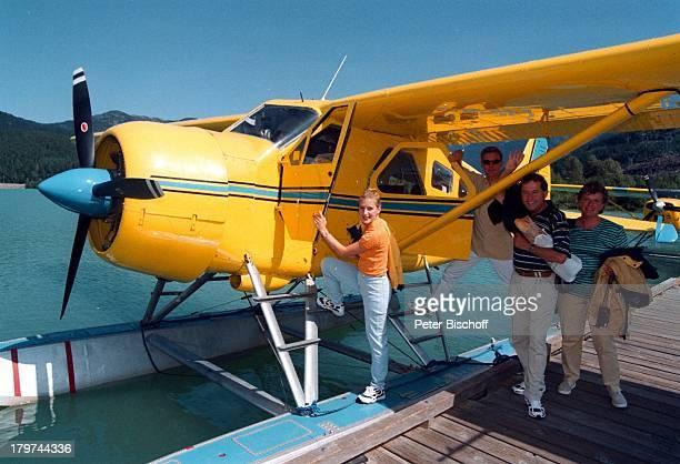 Stefan Mross Stefanie Hertel mit ihrenEltern Elisabeth und Eberhard Hertel Familie Mutter VaterWhistler/Kanada Urlaub FlugAusflug mitder Whistler Air...