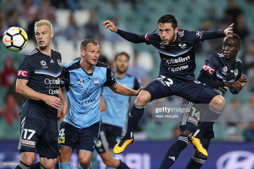 A-League Semi Final - Sydney FC v Melbourne Victory : News Photo