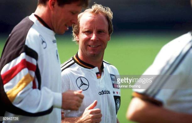 MANCHESTER Stefan REUTER Berti VOGTS DFB Bundestrainer