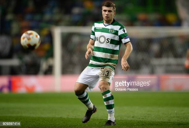 Stefan Ristovski of Sporting Lisbon in action during the UEFA Europa League Round of 16 first leg match between Sporting Lisbon and Viktoria Plzen at...