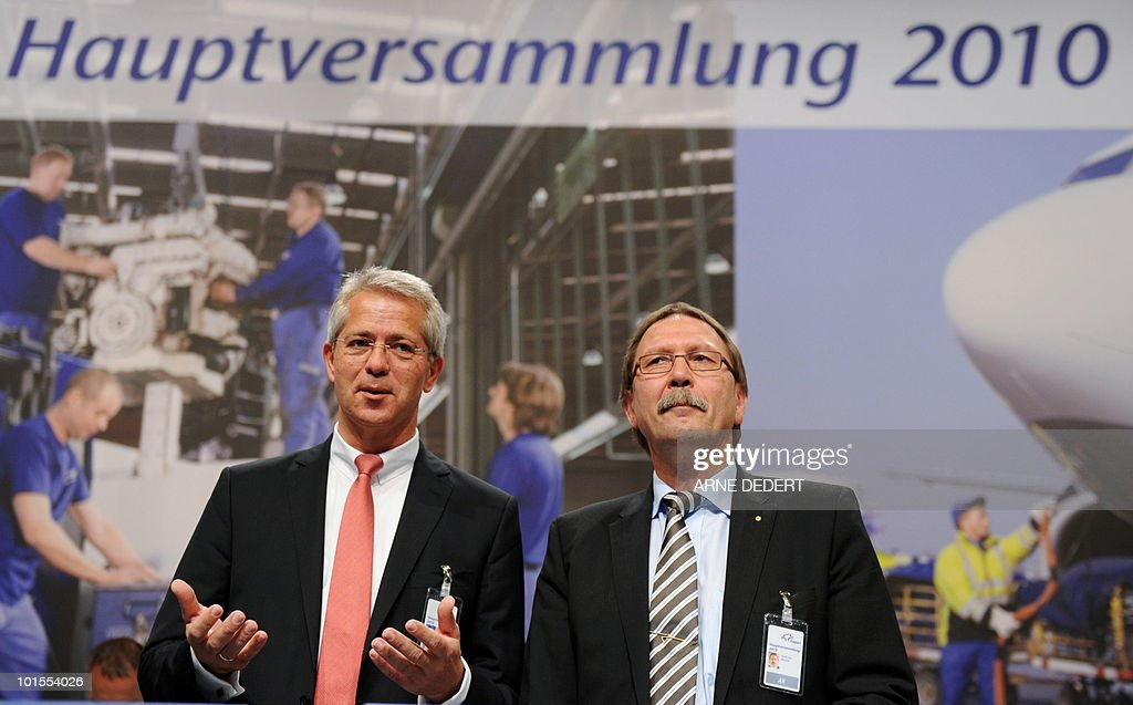 Stefan Schulte (L), chairman of the Fraport AG, and supervisory board chairman Karlheinz Weimar pose for photographers ahead of the company's annual general meeting on June 2, 2010 in Frankfurt/M., western Germany. Fraport operates Germany's biggest airport, the Rhein-Main airport in Frankfurt am Main.