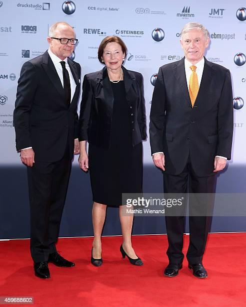 Stefan SchulzeHausmann Horst Koehler and wife Eva Luise attend the German Sustainability Award on November 28 2014 in Duesseldorf Germany