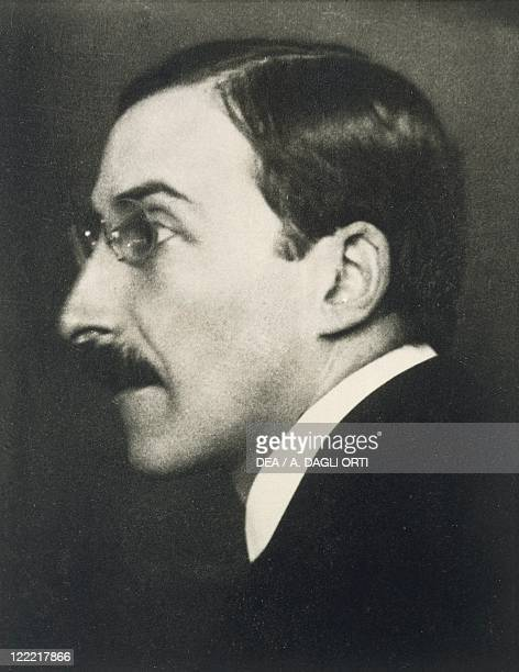Stefan Zweig Austrian writer Photographic portrait