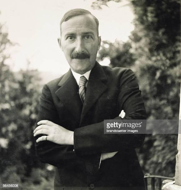 Stefan Zweig in his domicile in Salzburg Photography 1931 [Stefan Zweig in seinem Salzburger Domizil am Kapuzienerberg [] 'Der Schriftsteller Stefan...