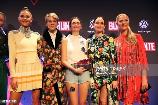Stefanie Giesinger Stylist Leanddra Bendorf Lea van Acken Style Icon of the year with award Emilia Schuele and Viviane Geppert during the New Faces...