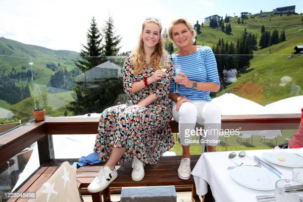 """Stefanie Graefin von Pfuel and her daughter Amelie Bagusat during the first Ladies Day and start of the """"Queens Club"""" hosted by Maria Hoefl-Riesch on..."""