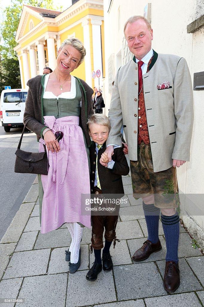 Ferfried von Hohenzollern Angela