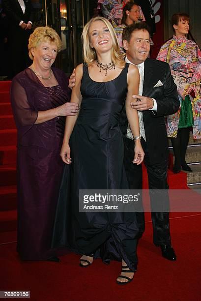 Stefanie Hertel with her parents Eberhard Hertel and Elisabeth Hertel attend the Goldene Henne award at the Friedrichstadtpalast on September 19 2007...