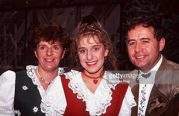 Stefanie Mit Ihren Eltern Elisabeth Eberhard Hertel