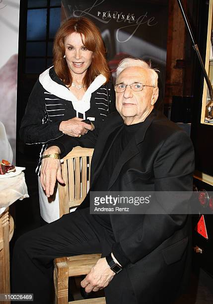 Stefanie Powers and Frank Gehry attend the Steiger Award 2011 at the Jahrhunderhalle on March 12 2011 in Bochum Germany