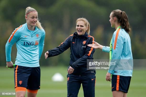 Stefanie van der Gragt of Holland Women coach Sarina Wiegman of Holland Women Jill Roord of Holland Women during the Training Holland Women at the...