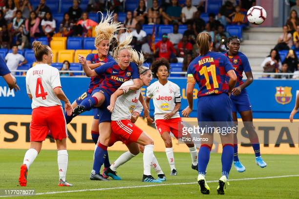 Stefanie Van der Gragt scores his side's 2nd goal for 20 during the Women's UEFA Champions League 1/16 second leg match between Barcelona and...