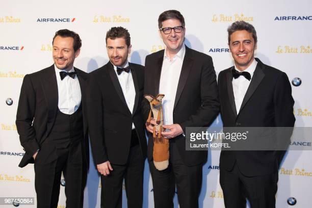 Stefano Accorsi et Mark Osborne lors de la première du film 'Le Petit Prince' pendant le 68eme Festival du Film Annuel au Palais des Festivals le 22...