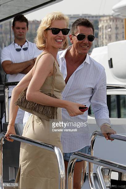 Stefano Gabbana and Eva Herzigova arrive on boat Regina d'Italia during the 62nd International Cannes Film Festival on May 22 2009 in Cannes France