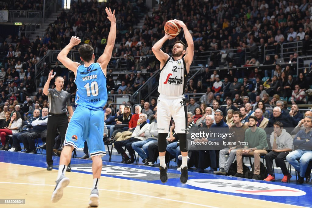 Stefano Gentile of Segafredo competes with Michele Ruzzier of Vanoli during the LBA LegaBasket of Serie A match between Virtus Segafredo Bologna and Vanoli Cremona at PalaDozza on December 3, 2017 in Bologna, Italy.