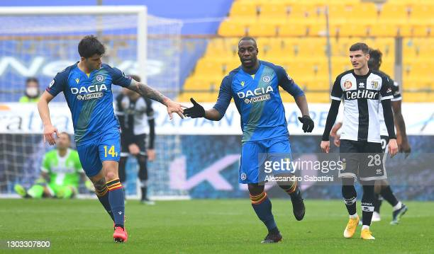 Stefano Okaka of Udinese Calcio celebrates with team mate Kevin Bonifazi after scoring their side's first goal during the Serie A match between Parma...