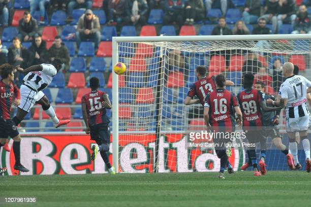 Stefano Okaka of Udinese Calcio scores the opening goal during the Serie A match between Bologna FC and Udinese Calcio at Stadio Renato Dall'Ara on...
