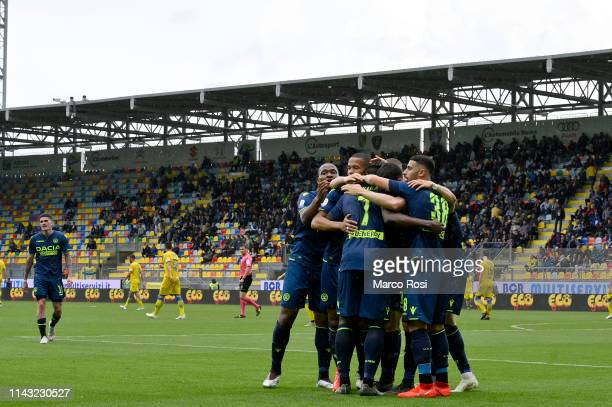 Stefano Okaka of Udinese celebrate a third with his team mates goal during the Serie A match between Frosinone Calcio and Udinese at Stadio Benito...