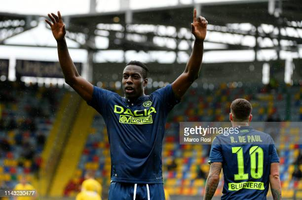 Stefano Okaka of Udinese celebrates a third goal during the Serie A match between Frosinone Calcio and Udinese at Stadio Benito Stirpe on May 12 2019...