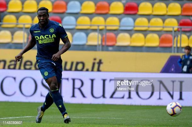 Stefano Okaka of Udinese scores a third goal during the Serie A match between Frosinone Calcio and Udinese at Stadio Benito Stirpe on May 12 2019 in...