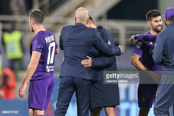 Stefano Pioli manager and Giovanni Simeone of ACF Fiorentina celebrates the victory after the Serie A match between ACF Fiorentina and Torino FC at...