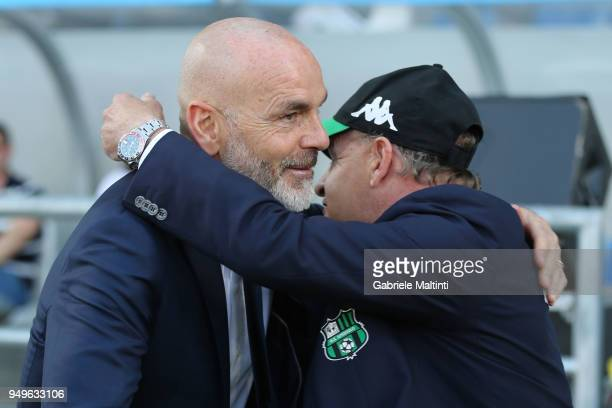 Stefano Pioli manager of ACF Fiorentina and Giuseppe Iachini manager of US Sassuolo during the serie A match between US Sassuolo and ACF Fiorentina...